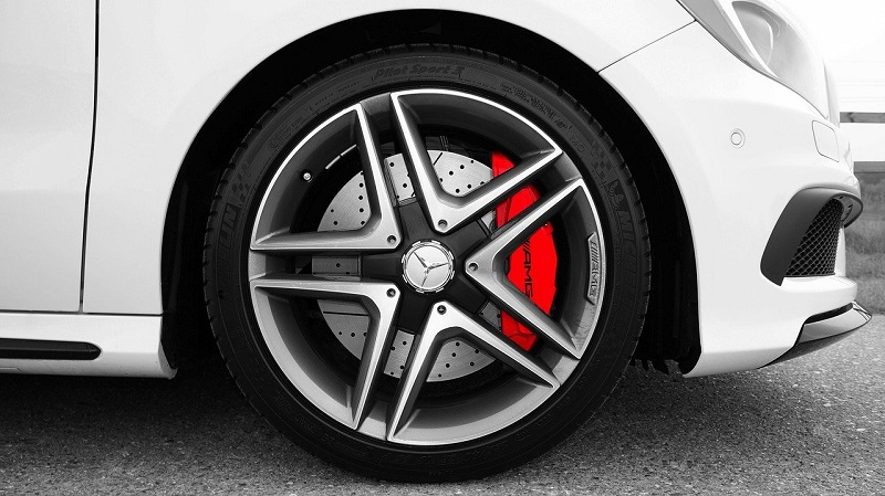 Senzor ABS pro auto